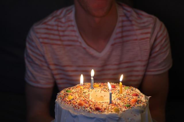 Přání a dárek ke třicátým narozeninám